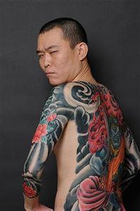 【入れ墨】タトゥーや刺青入りの芸能人・有名人まとめ!横山 ...