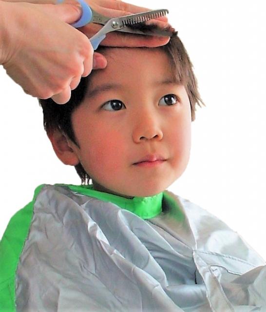 子供 の 前髪 の 切り 方