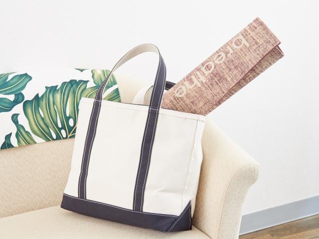 a72926be2e88 手作りバッグが女性に大人気?おしゃれで簡単な作り方を紹介!   大人 ...